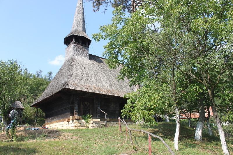 Biserica Ortodoxă ''Sfinții Apostoli'' din Cehei