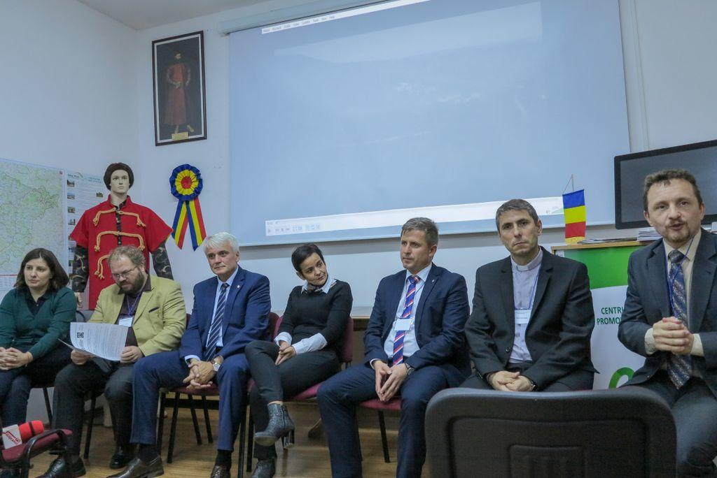 Pledoarie pentru muzee ale comunismului în România